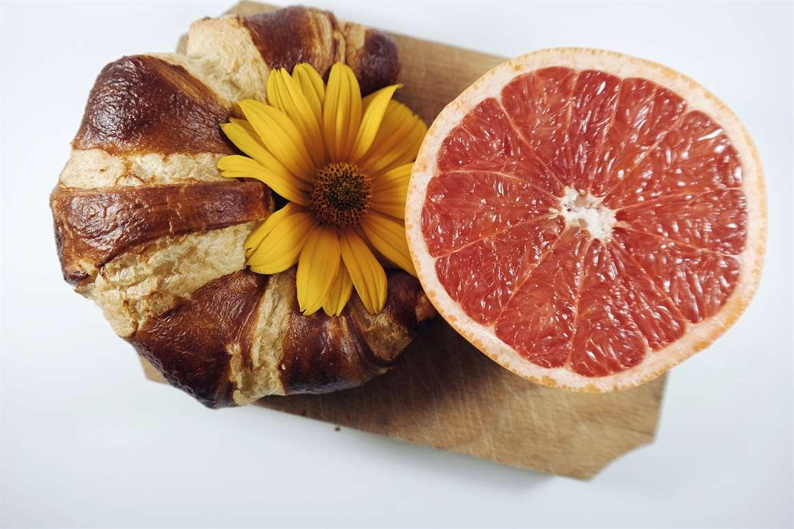 grapefruit%20is%20rich%20in%20antioxidants%20health%20benefits.jpg