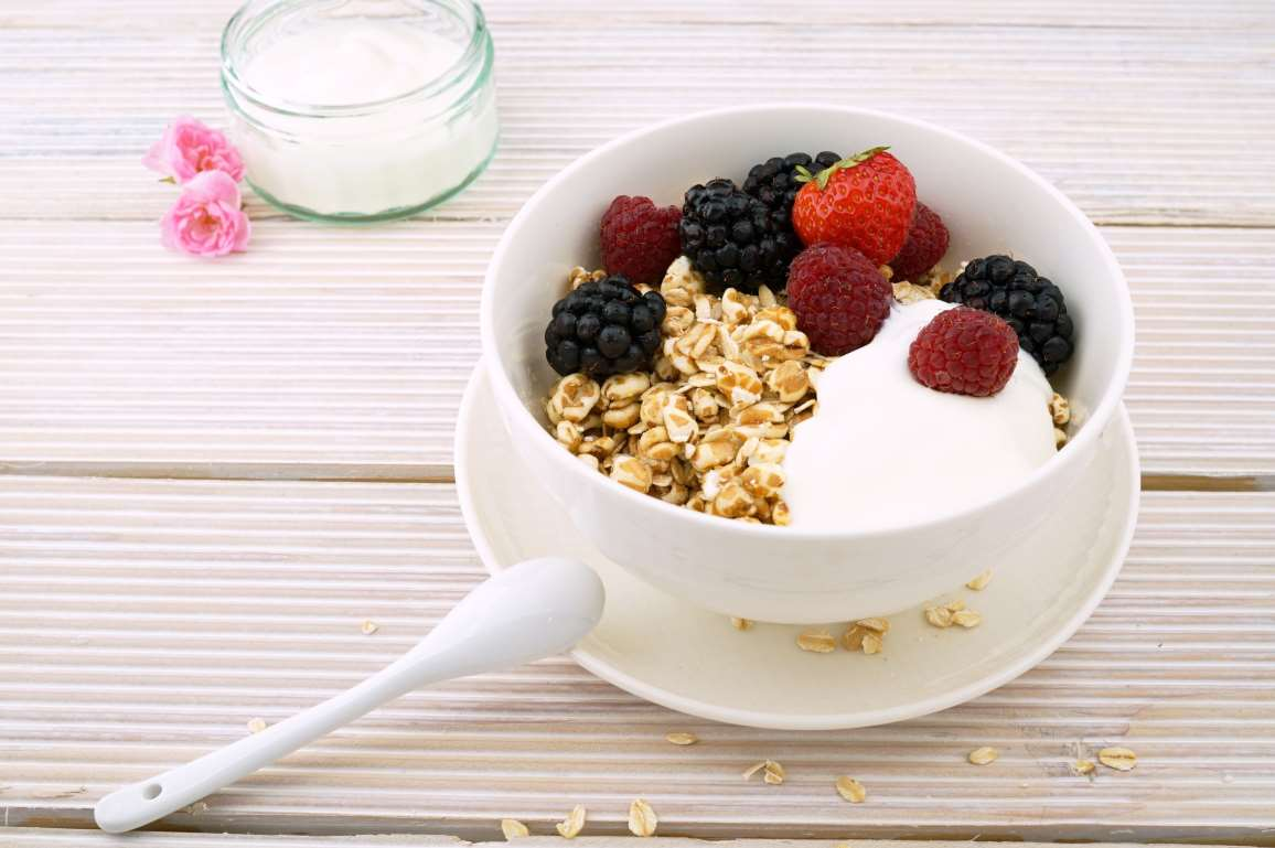 cereal%20and%20milk%20for%20a%20late%20night%20snack.jpg